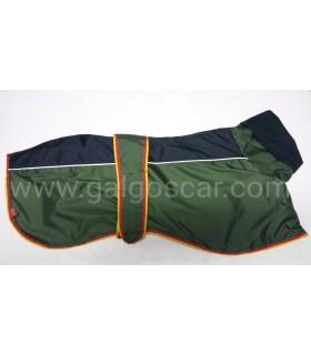 Manta abrigo para galgo cuello alto, impermeable, verde/negro con  ribetes españa.