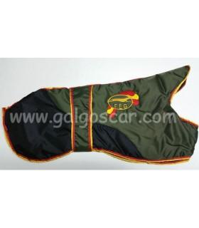 Manta abrigo para galgo, logo FEG. impermeable, verde/negro con  ribetes españa. Talla L