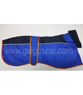 Manta abrigo para galgo cuello alto, impermeable, azul/negro con  ribetes españa.